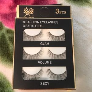 Natural looking lashes